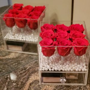 9 Real Roses in Acrylic Box